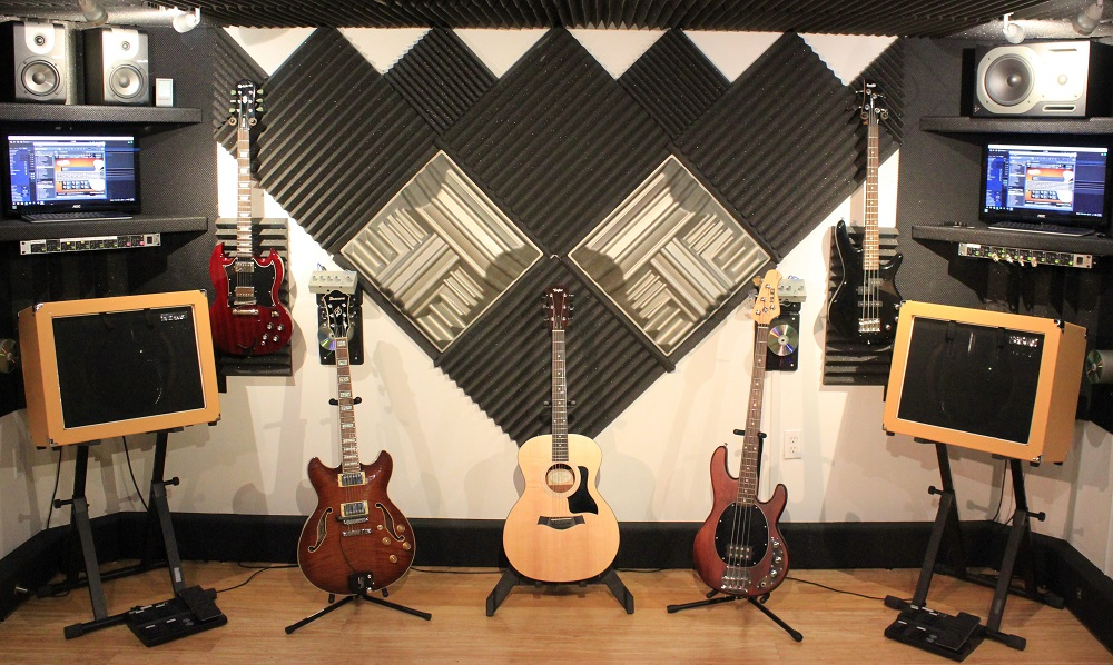 Guitar and Bass Recording Rooms With Amps, Work Stations, and Foot Pedals